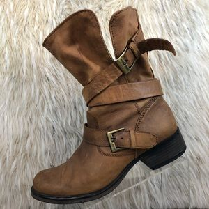 Steve Madden Brewzzer leather distressed boot 9.5